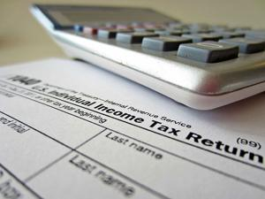 IRS sets June 17 as new deadline for those paying estimated taxes