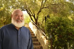 Dr. Andrew Weil Commits $15 million to UA Center for Integrative Medicine
