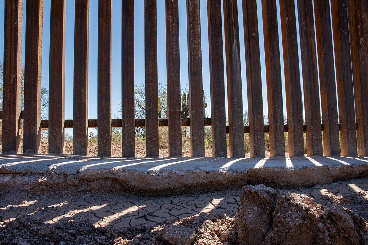 Unfinished Arizona border barriers harm environment, National Park Service, area ranchers say