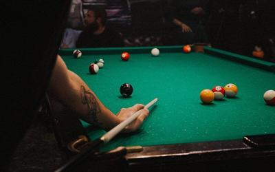 bar pool.jpg