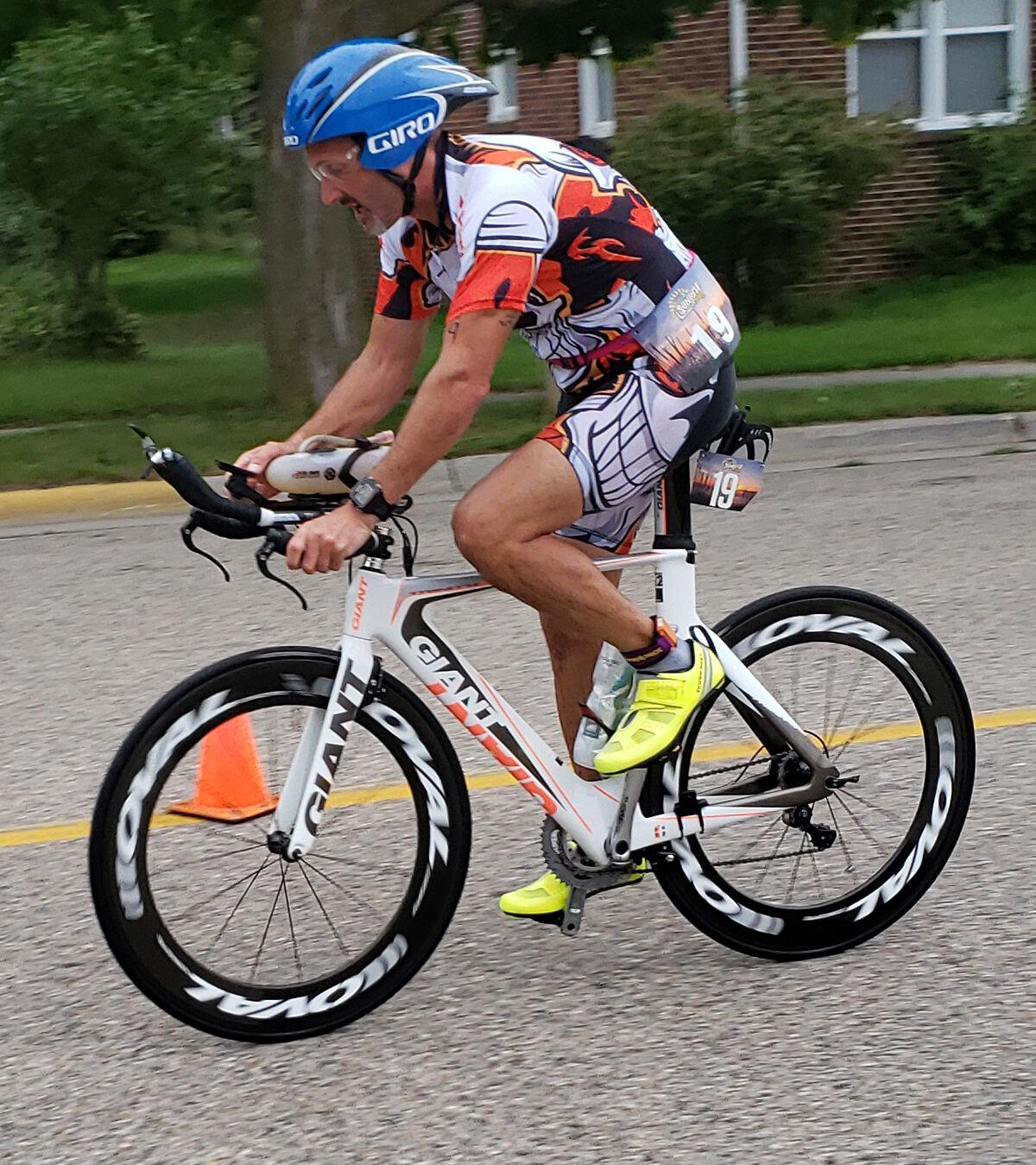 triathlonbike-color.jpg