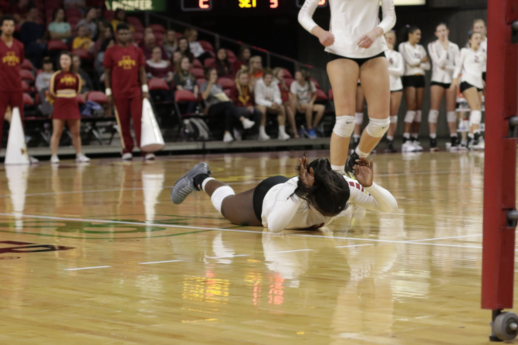 Cyclones hand No. 3 Sooners first loss