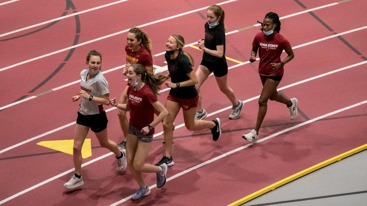 Track and field 2021 women's distance team ISU Classic