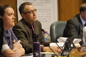 City staff to introduce report on occupancy ordinance, suggests proactive housing enforcement