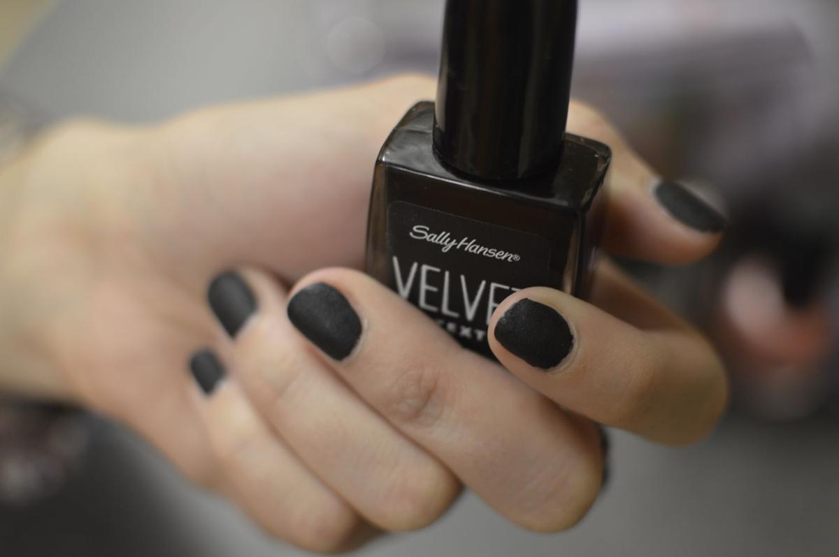 Stay trendy with fall nail colors   Style   iowastatedaily.com