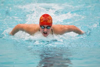 Swimming and diving team hosts Omaha