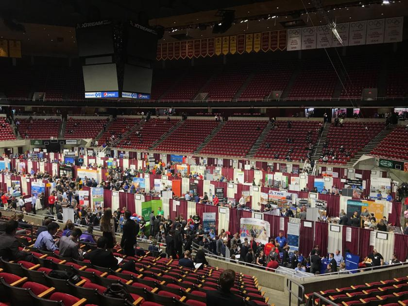 Networking and career opportunities for students at Engineering Career Fair
