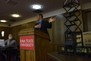 Student Government tables $80,000 funding request, seeking additional student input