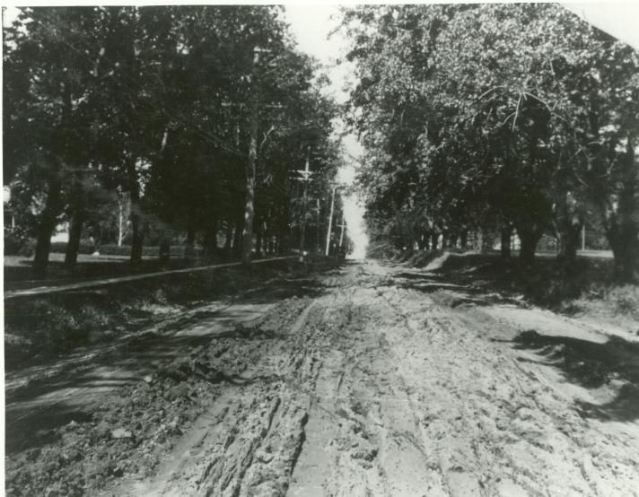 Lincoln Way Beach Ave. 1915