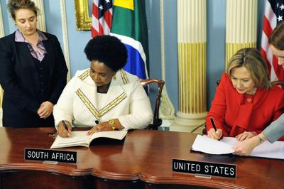 Signing the PEPFAR agreement