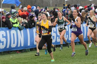 Bethanie Brown at 2016 NCAA Cross-Country Championships