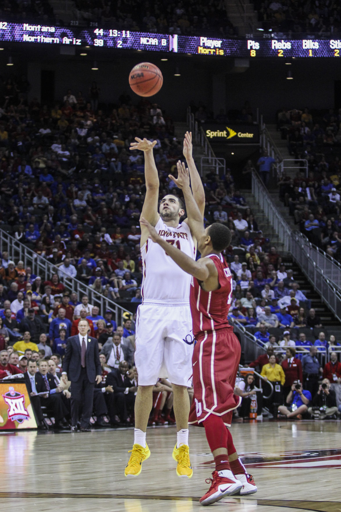 Iowa State takes down Oklahoma to win Big 12 semifinal game