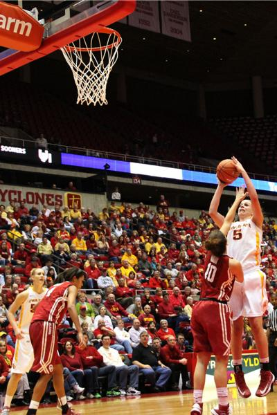 Christofferson leads Cyclones while approaching milestone ...