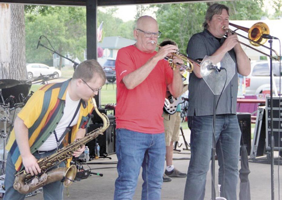 North Branch's Concert in the Park keep summer cool