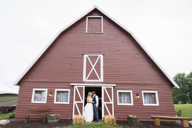RUSTIC ROMANCE: Family's Isanti County farmstead  becomes wedding venue