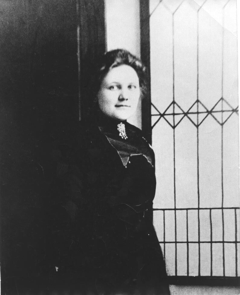 Repeating History: One of state's first female doctors called Isanti County home