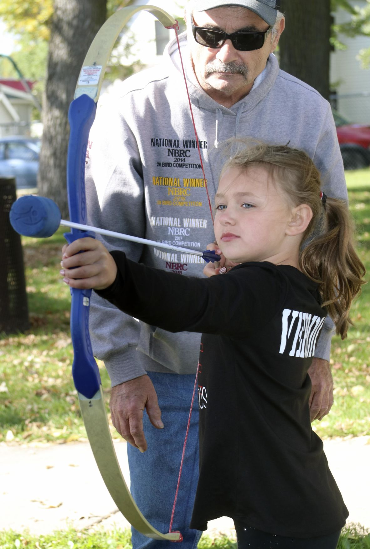 Large crowds  migrate to annual Fall Festival