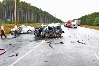 Multi-vehicle accident closes Highway 95 for hours | News | isanti