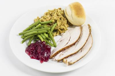 Free Thanksgiving dinners offered
