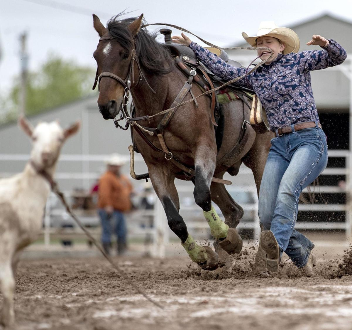 Chomping at the bit: Teens ready to ride in national rodeo