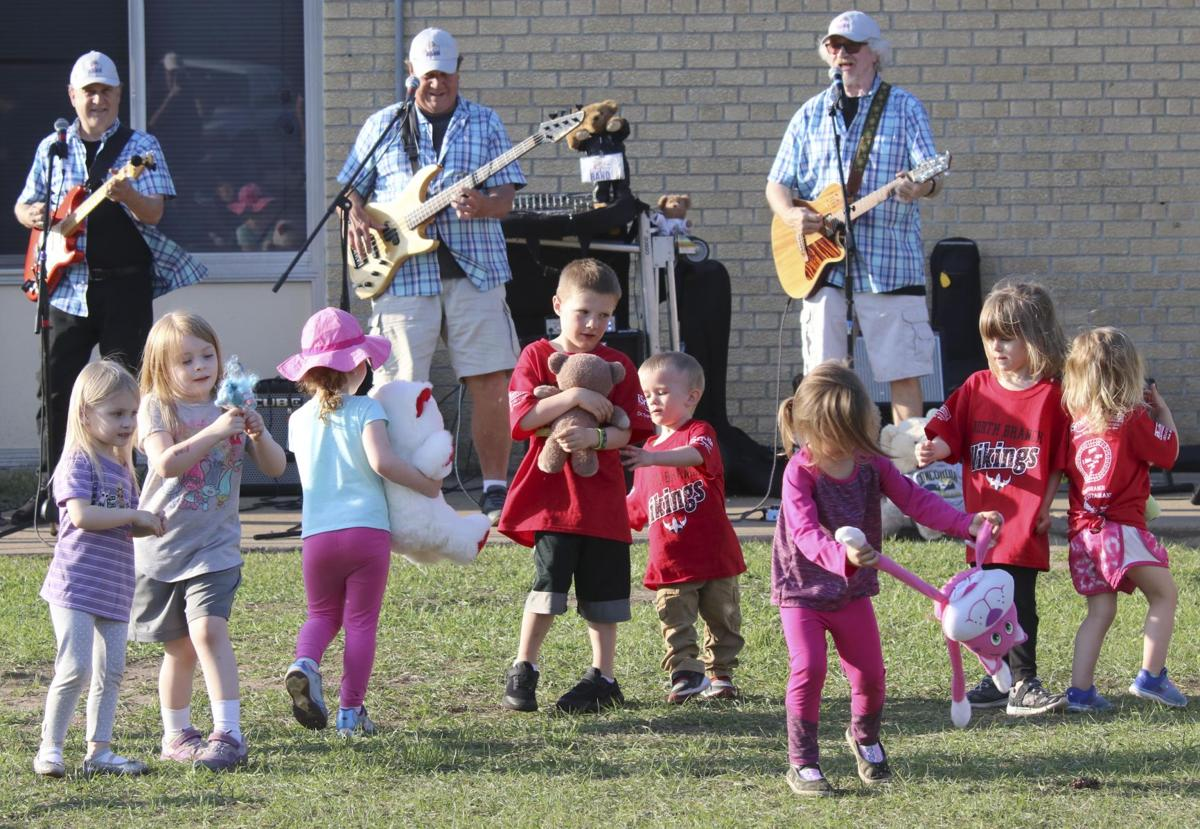 Teddy Bear Band gets kids movin' and groovin'