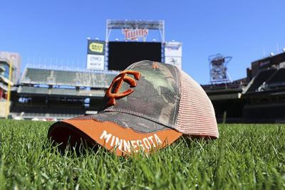 Twins and DNR partner to give free hats on Father's Day