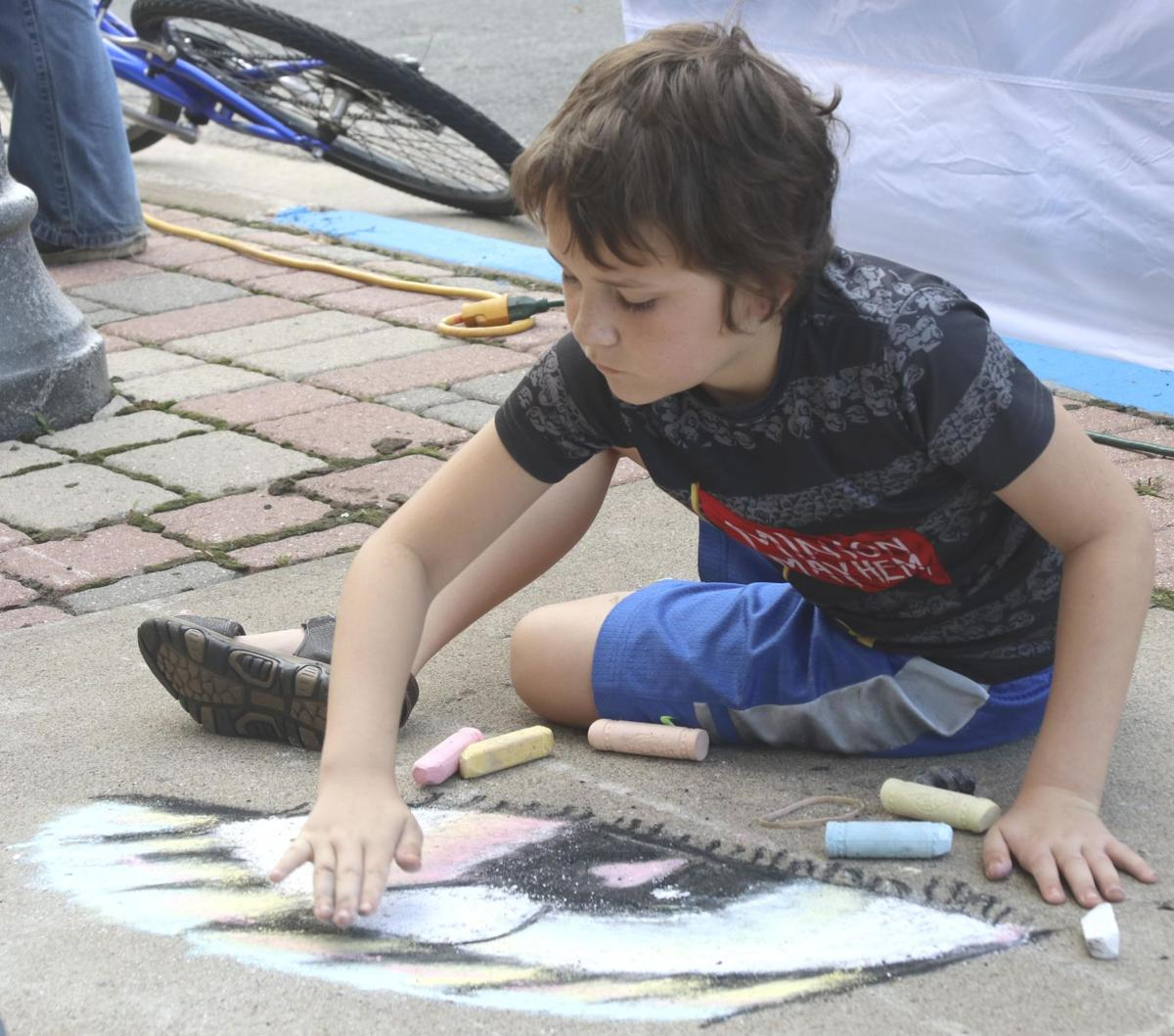 Cambridge Art Fair brings color and music to downtown
