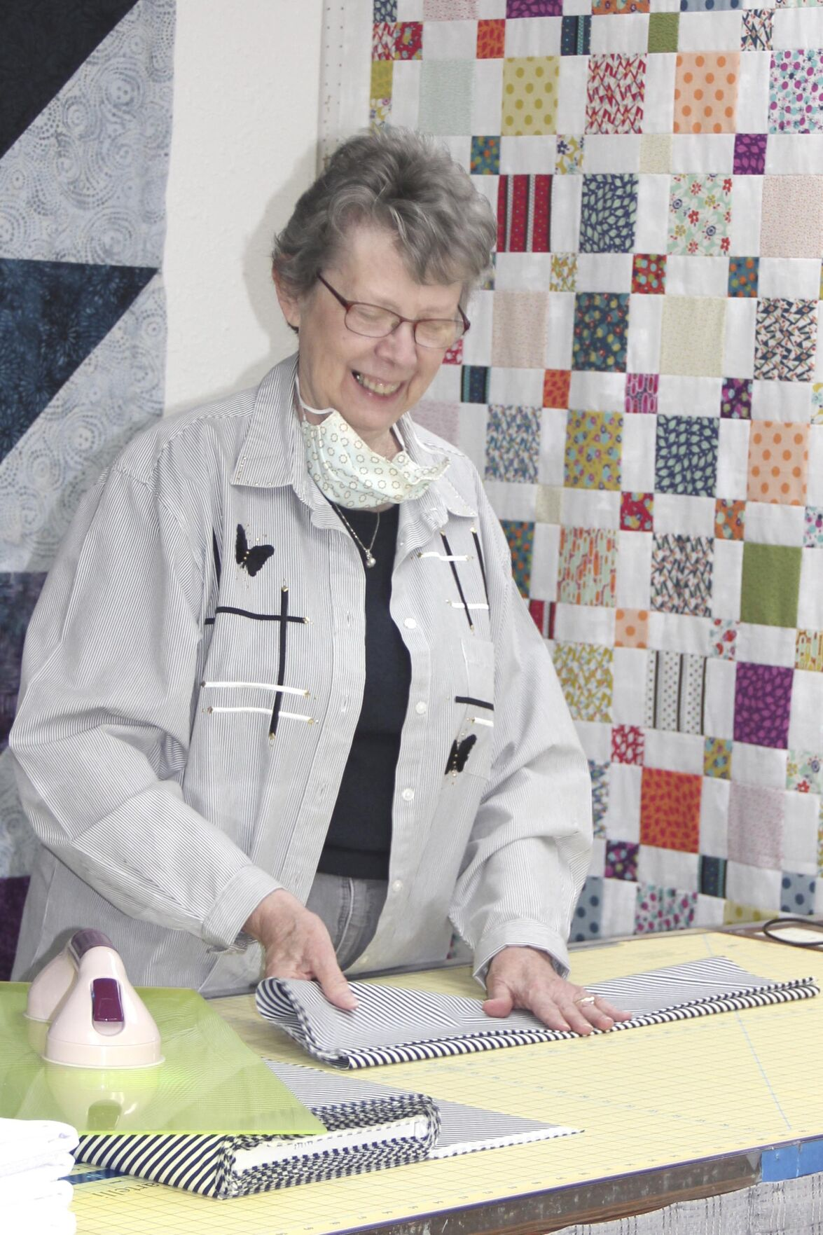 Non-quilter buys shop to keep customers in stitches