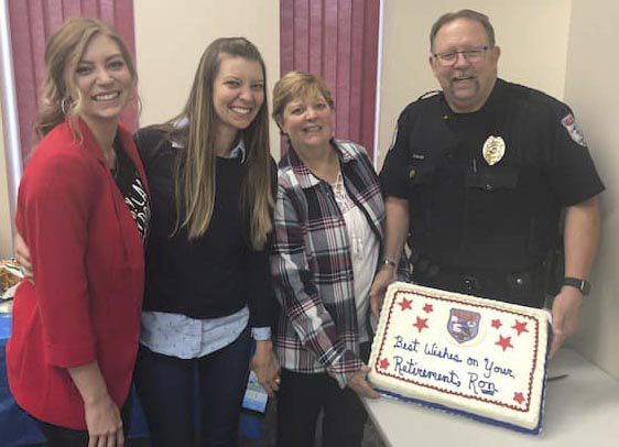 North Branch police officer Ron Rollins retires
