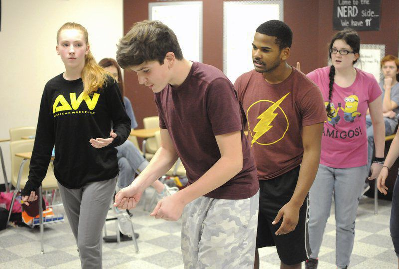 New Waverly High School hosting one-act play