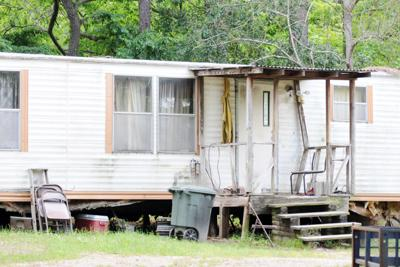 Mobile home ordinances back on City Council agenda   Local ... on metal homes, multi-family homes, trailer homes, colorado homes, miniature homes, ranch homes, old homes, unique homes, portable homes, vacation homes, stilt homes, awnings for homes, townhouse homes, prefabricated homes, mega homes, victorian homes, brick homes, movable homes, rv homes, prefab homes,