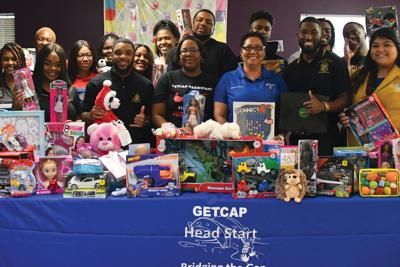 Organizations bring Christmas to Huntsville Head Start