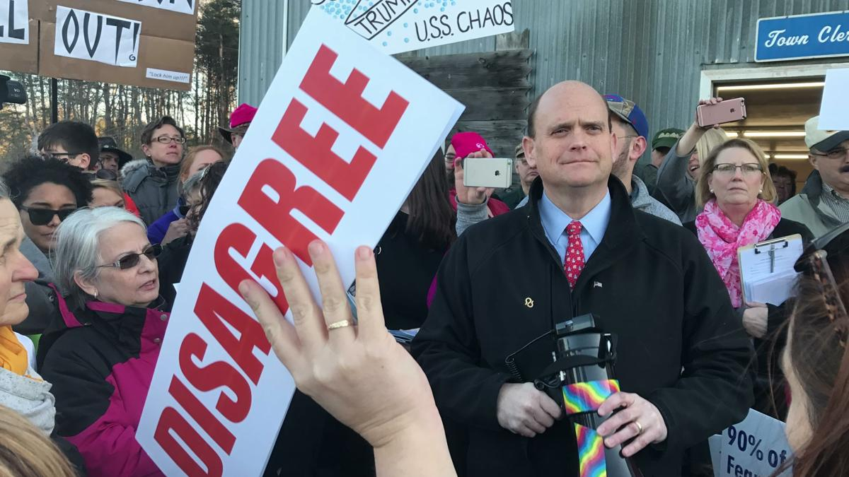 Rep. Tom Reed visits IC for talk on student debt, climate change