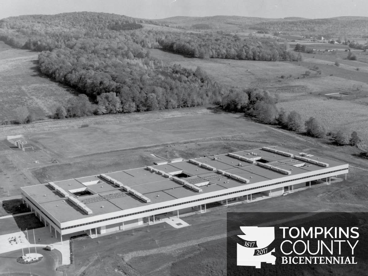 New york tompkins county ithaca 14850 - Tompkins Cortland Community College Building In Dryden