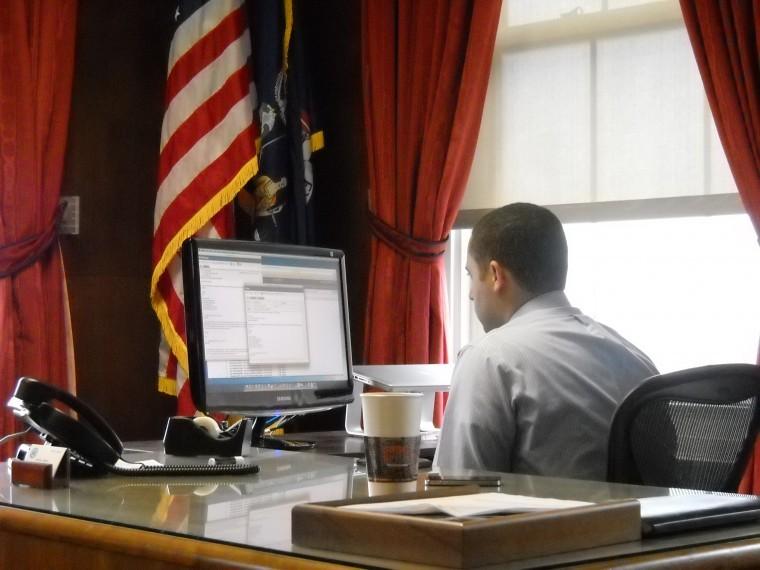 Svante at his desk