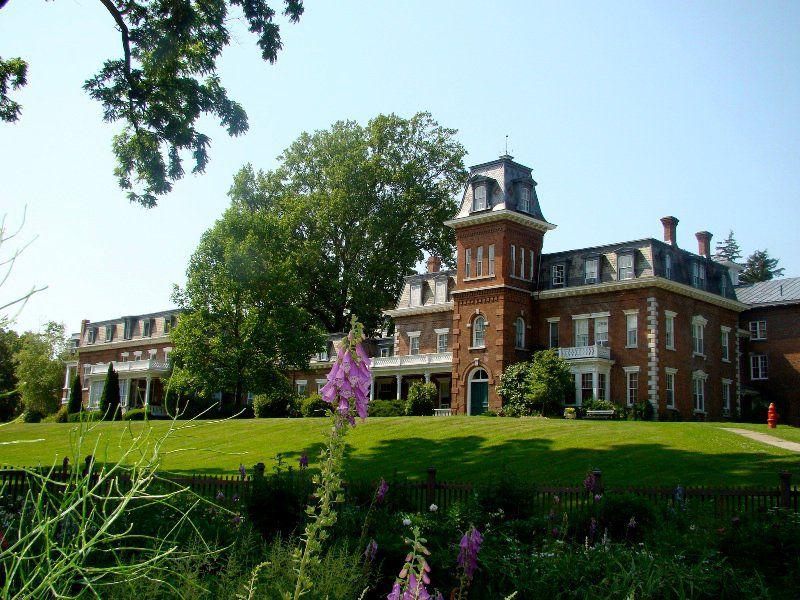 The Oneida Mansion House