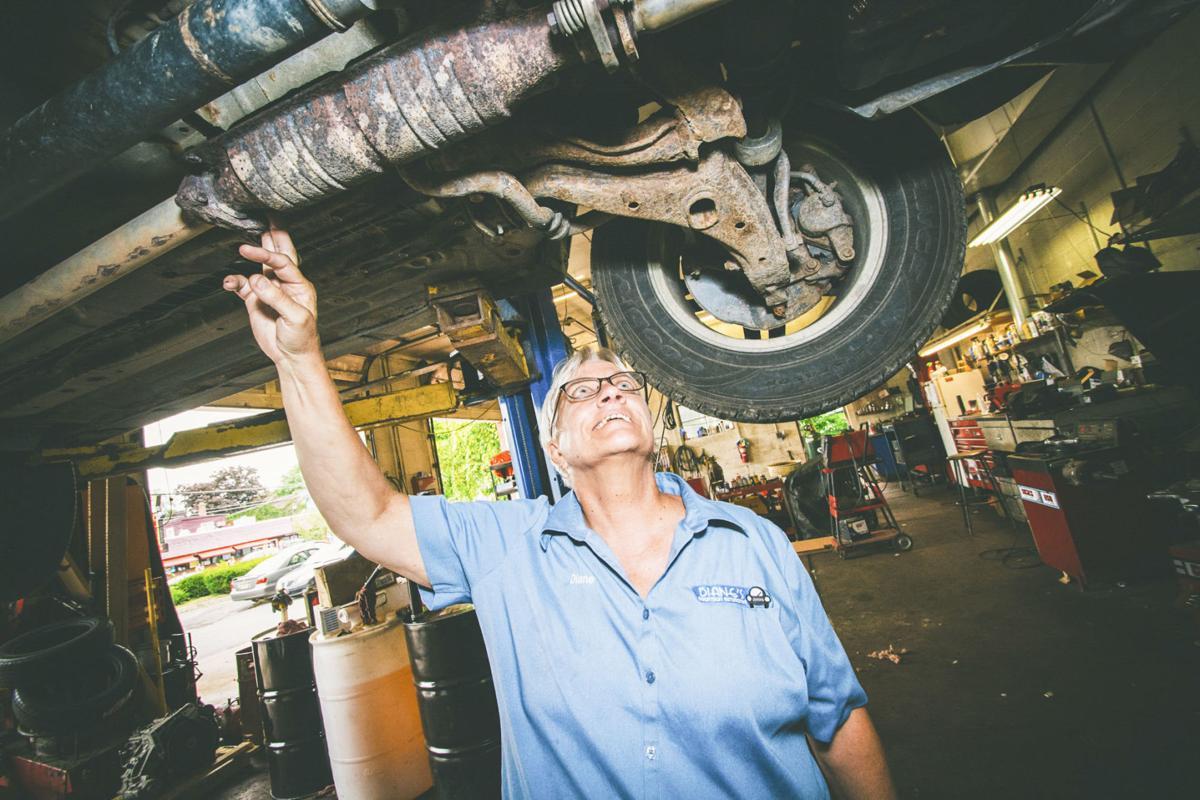 Diane's Downtown Automotive