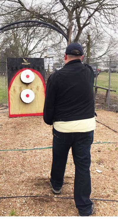 Resort to host axe-throwing contest