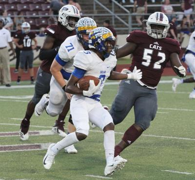 Jacksonville storms past Palestine in second half to win, 49-48