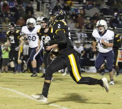 Football: Five area teams qualify for state playoffs