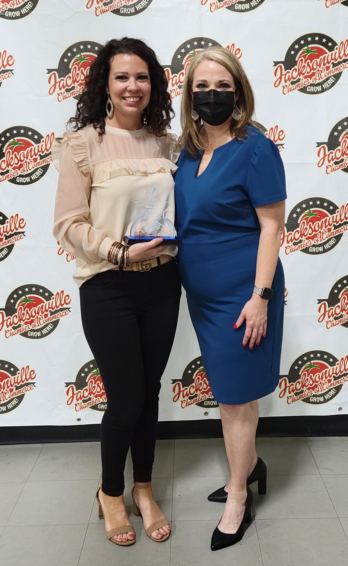 Britian McKinney, Castle on the Lake  was honored as Division Chair of the Year by Chairwoman of the Board Patty Rivers, Southside Bank.jpg