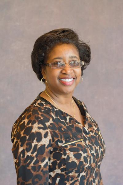 Austin Bank promotes Janis Adams to banking officer