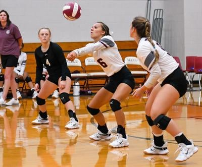 16-3A Volleyball: Troup chalks up 2 huge road wins