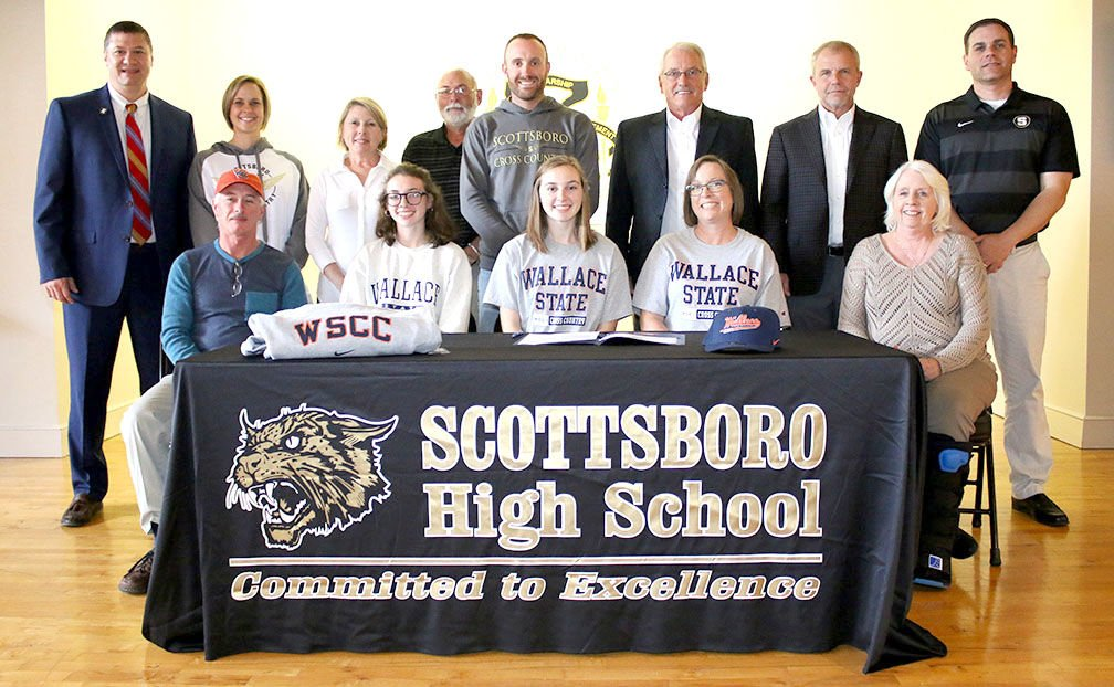 Signing with Wallace State