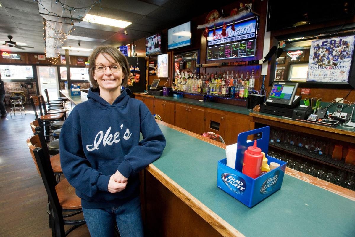 Ike's Bar 12/20/17