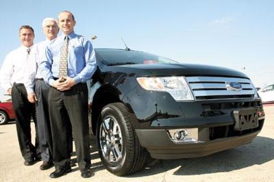 Pilson Auto Center Mattoon >> Pilson Auto Center Buying Mooney Motors In Charleston News