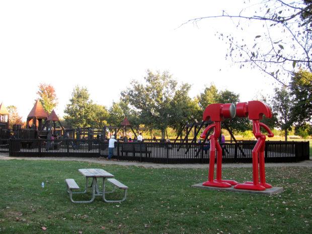 daytrip-sculpture1-5cbc-f.jpg