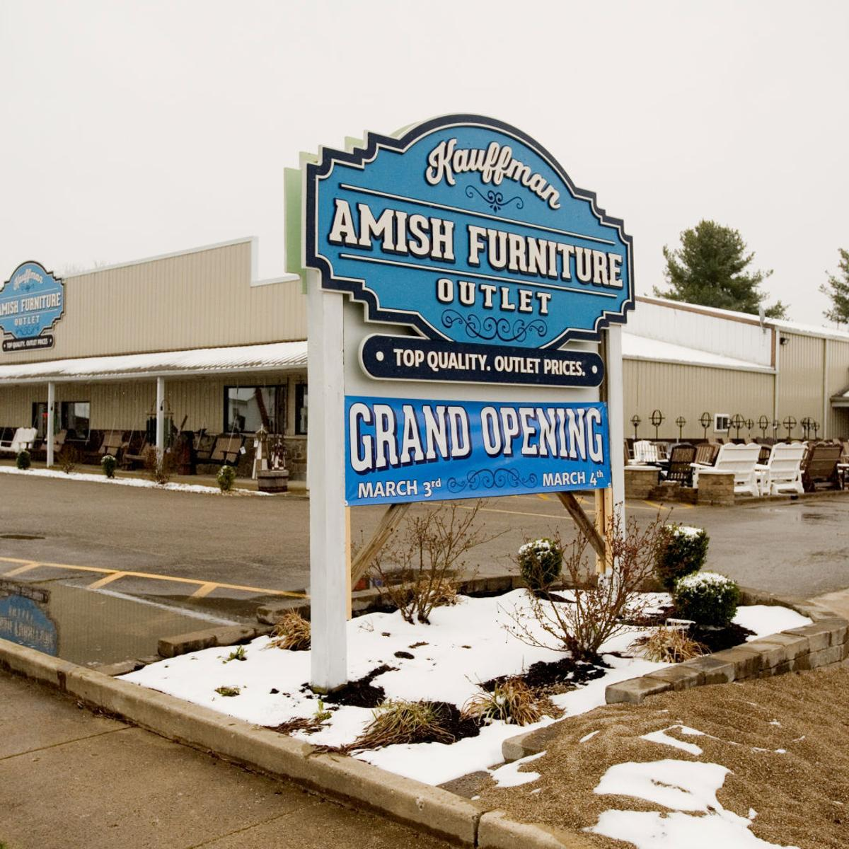 Shop Local Kauffman Amish Furniture Outlet Focuses On Local