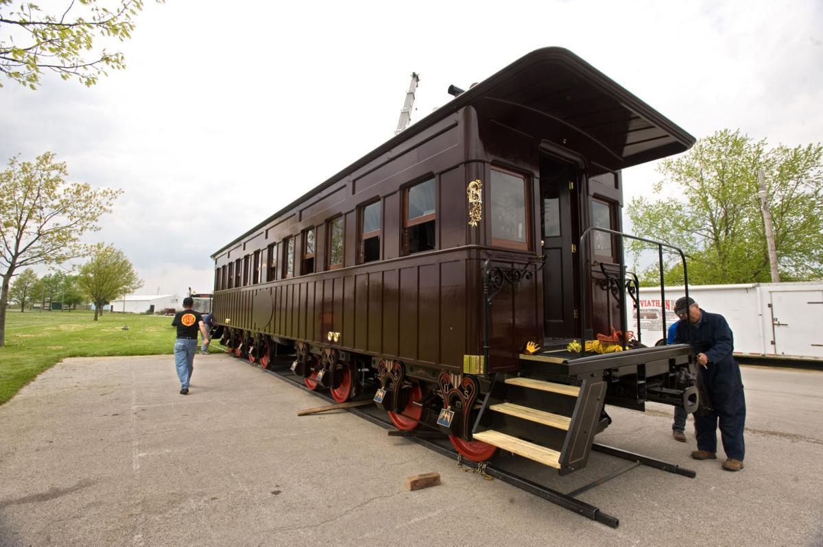Lincoln Railcar 05/04/15 (1)