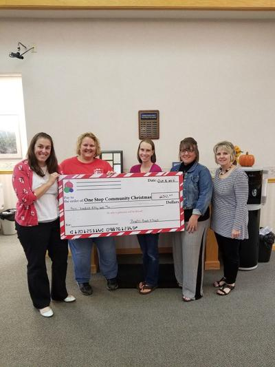 Peoples Bank Honors One Stop Community Christmas Local Jg Tccom